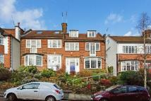 6 bedroom semi detached home in Cholmeley Crescent...