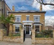 6 bed Detached home in Huddleston Road...