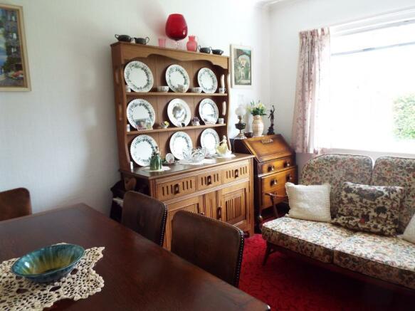 Bedroom Three/ Dinin