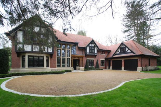 5 bedroom detached house for sale in withinlee road