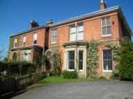 5 bed semi detached property in Hazelcroft East...