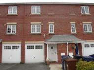 Town House for sale in Brampton Drive...