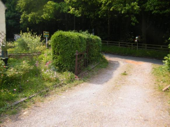 Access Driveway