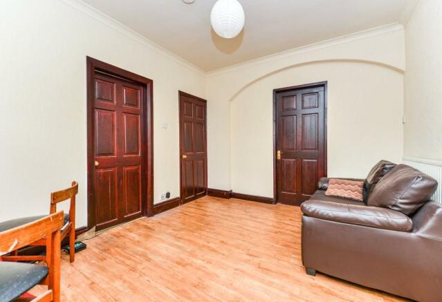 Hallway/Lounge