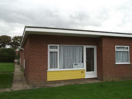 2 Bedroom Mobile Home For Sale In Siesta Mar Gimingham Road Mundesley Nr11
