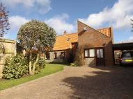 4 bed Detached property in Beechlands Park...