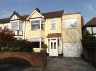 End of Terrace property in Tomswood Hill, Hainault...