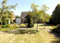 Bungalow for sale in Bedford Road, Basildon...