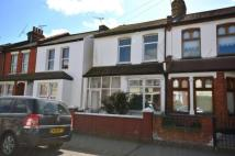 2 bedroom End of Terrace house for sale in Central Avenue...