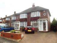 2 bedroom semi detached house for sale in Wakefield Grove...