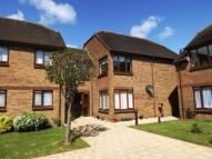 2 bedroom Flat for sale in Pond Farm Close...