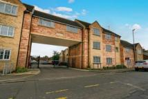 2 bed Flat for sale in Cedar Court, Cedar Road...