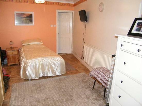 Anex Bedroom