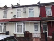 5 bed Terraced house for sale in Victoria Road, Barking
