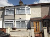 3 bed Terraced house in Sparsholt Road, Barking