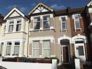 2 bedroom Maisonette for sale in Park Avenue, Barking