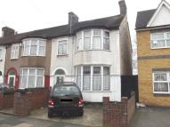 3 bed End of Terrace property in Salisbury Avenue...