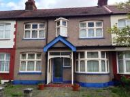 Terraced house for sale in Inglehurst Gardens...