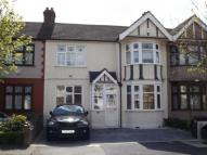 3 bed Terraced house in Kenwood Gardens, Ilford