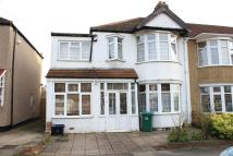 4 bed semi detached home in Cypress Grove, Ilford