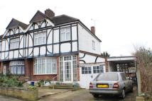 3 bed semi detached house for sale in Vista Drive, Redbridge...