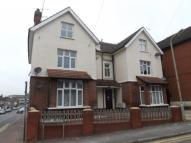 Flat in Rose Valley, Brentwood...