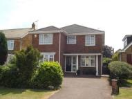 4 bed Detached house in Manor Way...