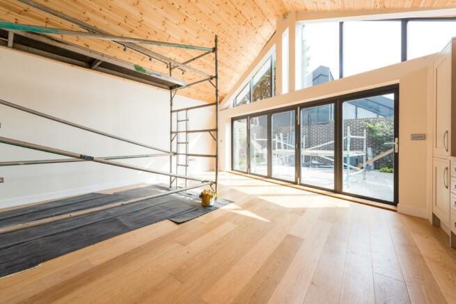 Lounge/ Kitchen