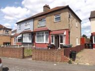 1 bedroom Flat for sale in Cambeys Road, Dagenham