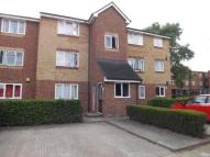 1 bed Flat for sale in Honey Close, Dagenham