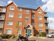 2 bed Flat in Tallow Close, Dagenham