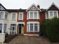 Flat for sale in Cambridge Road, Ilford