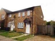 3 bed End of Terrace home in Thackeray Avenue...