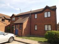 Flat for sale in Oakley Close, Grays...