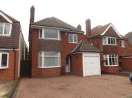 3 bed Detached house in Aversley Road...