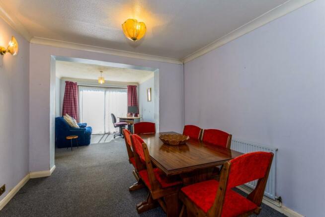 Dinig/Sitting Room