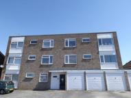 Flat in St. Marys Lane, Upminster