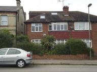 Maisonette in Bulwer Road, Barnet, EN5
