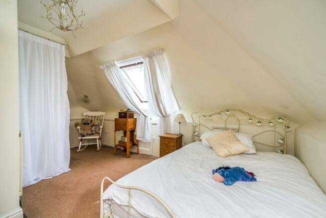 Bedroom/Attic Room