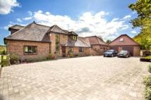 6 bedroom Detached house in Fontley Road, Titchfield...