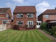 3 bedroom Detached house in Chestnut Avenue...