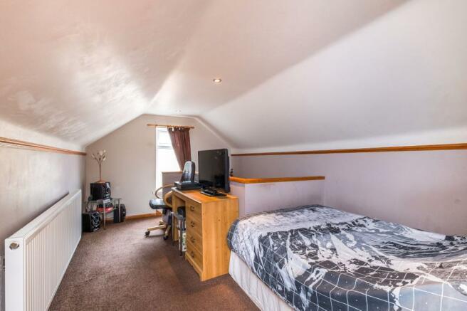 Attic Room/Bedroom T