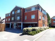 Flat for sale in Pines Court...