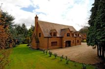6 bed Detached house in Grays Drive, Ravenshead...