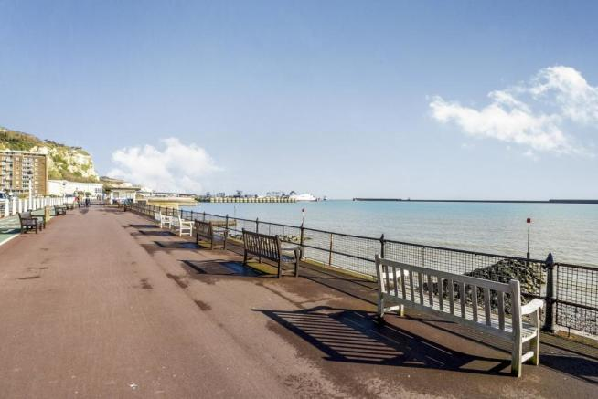 Promenade To Front
