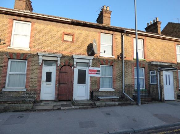 2 Bedroom Terraced House For Sale In Well Road Maidstone Kent ME14
