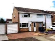 2 bed semi detached house in Kent Court...