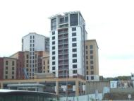 2 bed Flat in Baltic Quay, Mill Road...