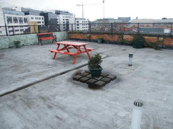 Communal Roof Terrae