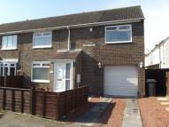 4 bedroom semi detached house in Kidd Avenue...